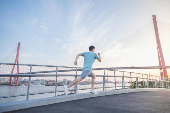 耐乐途功能鞋 激发你的跑步潜能